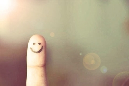 finger-people-alone-smiling