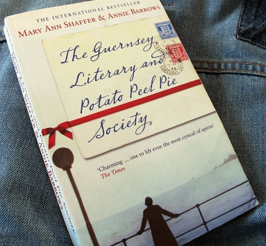 1 The Guernsey Literary and Potato Peel Pie Society